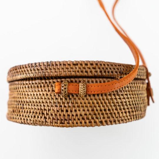 onvacay Natur Canguu Bali Bag Atabag Rattan Tasche mit Lederriemen handgeflochten original onvacay.de @onvacayshop