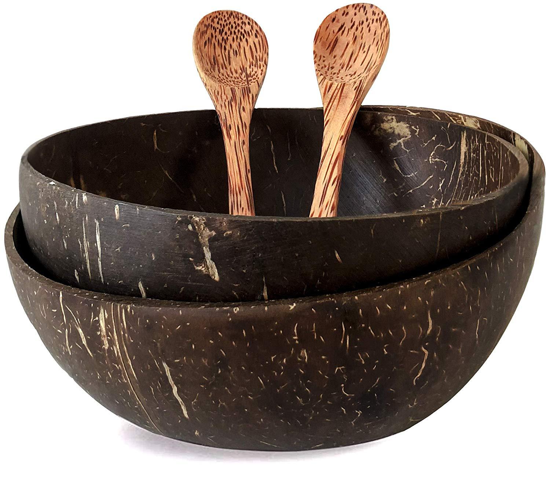 """Ausführung: Coconut Bowl """"Ben Tre"""" im Set mit 2x Kokosnuss Schale 2x handgeschnitzter Löffel"""