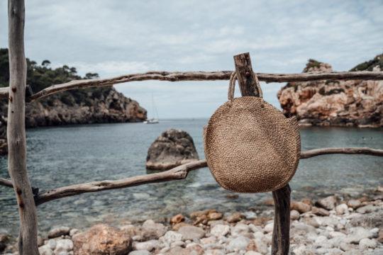 onvacay Runde Strandtasche Lovina aus Seegras handgeflochten onvacay.de @onvacayshop