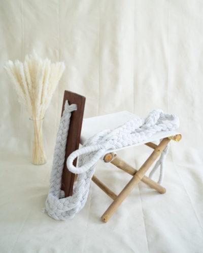 "Produktabbildung: ""Bingin"" Schaukel mit hellen Seilen"